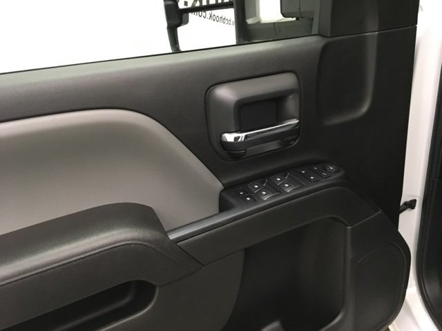 2019 Silverado 2500 Crew Cab 4x4,  Pickup #190146 - photo 17