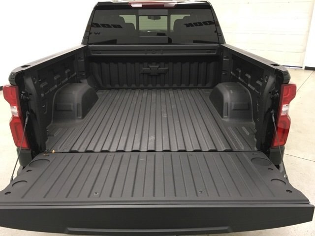 2019 Silverado 1500 Crew Cab 4x4,  Pickup #190172 - photo 17