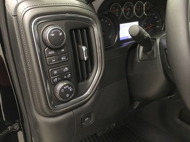 2019 Silverado 1500 Crew Cab 4x4,  Pickup #190172 - photo 20