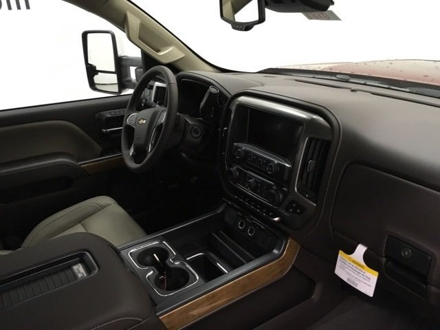 2019 Silverado 3500 Crew Cab 4x4,  Pickup #190181 - photo 10