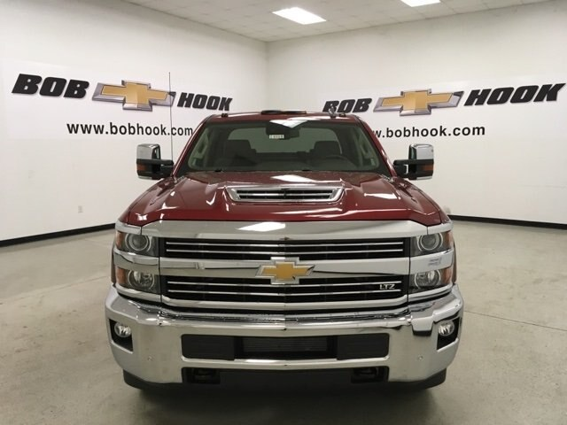 2019 Silverado 3500 Crew Cab 4x4,  Pickup #190181 - photo 8