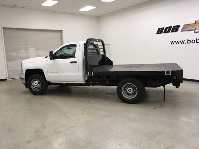 2019 Silverado 3500 Regular Cab DRW 4x4,  Reading Platform Body #190183 - photo 7