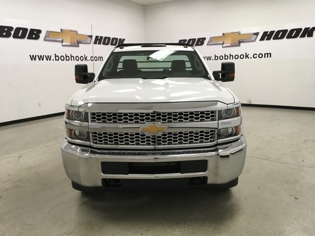 2019 Silverado 3500 Regular Cab DRW 4x4,  Reading Platform Body #190183 - photo 8