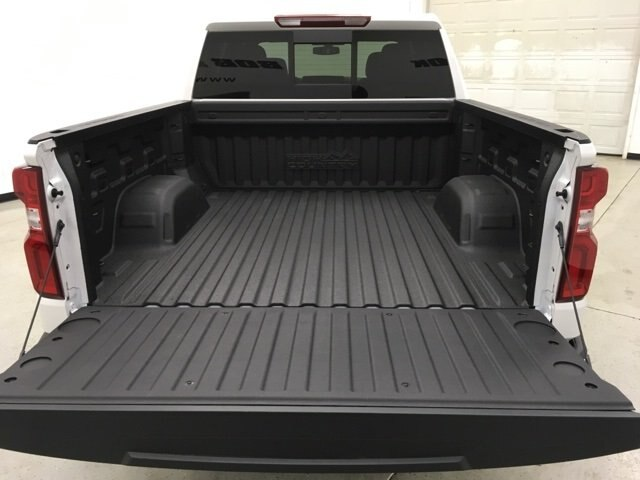 2019 Silverado 1500 Crew Cab 4x4,  Pickup #190186 - photo 18