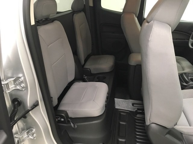 2019 Colorado Extended Cab 4x2,  Pickup #190196 - photo 11