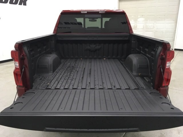 2019 Silverado 1500 Crew Cab 4x4,  Pickup #190198 - photo 17