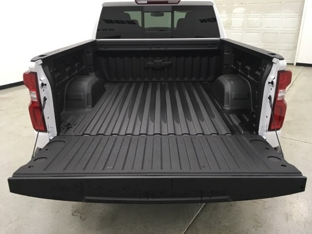 2019 Silverado 1500 Crew Cab 4x4,  Pickup #190199 - photo 17