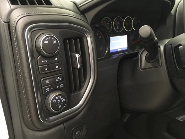 2019 Silverado 1500 Crew Cab 4x4,  Pickup #190199 - photo 20