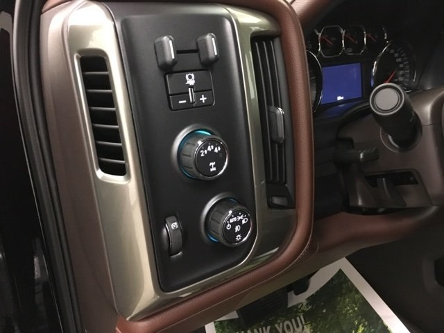 2019 Silverado 2500 Crew Cab 4x4,  Pickup #190202 - photo 20