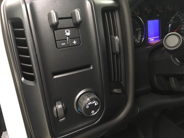 2019 Silverado 2500 Crew Cab 4x4,  Pickup #190262 - photo 17