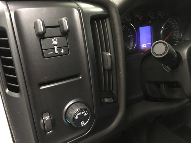 2019 Silverado 3500 Crew Cab 4x4,  Pickup #190263 - photo 17