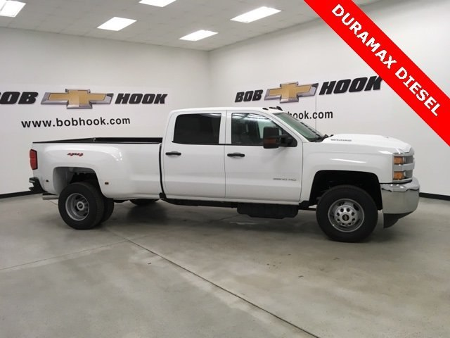 2019 Silverado 3500 Crew Cab 4x4,  Pickup #190263 - photo 3