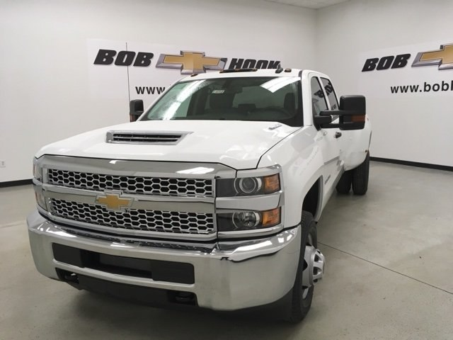 2019 Silverado 3500 Crew Cab 4x4,  Pickup #190263 - photo 7