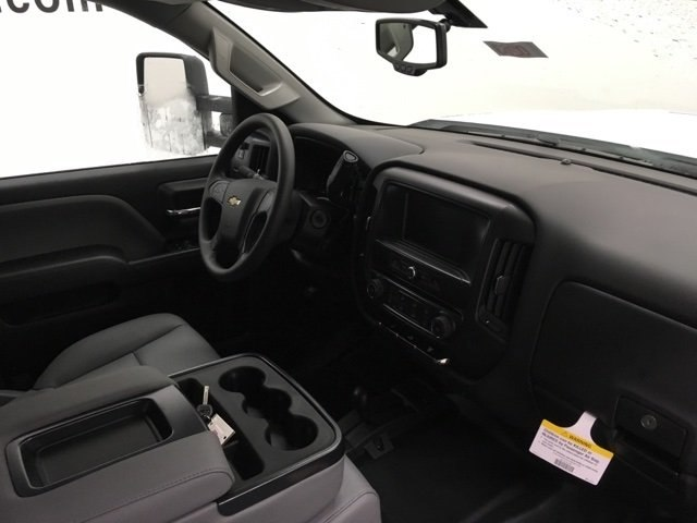 2019 Silverado 3500 Crew Cab 4x4,  Pickup #190263 - photo 9