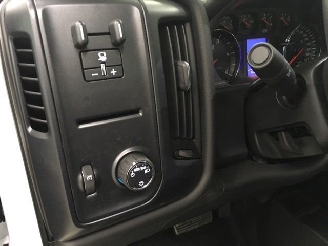 2019 Silverado 3500 Regular Cab DRW 4x4,  Reading Platform Body #190275 - photo 17
