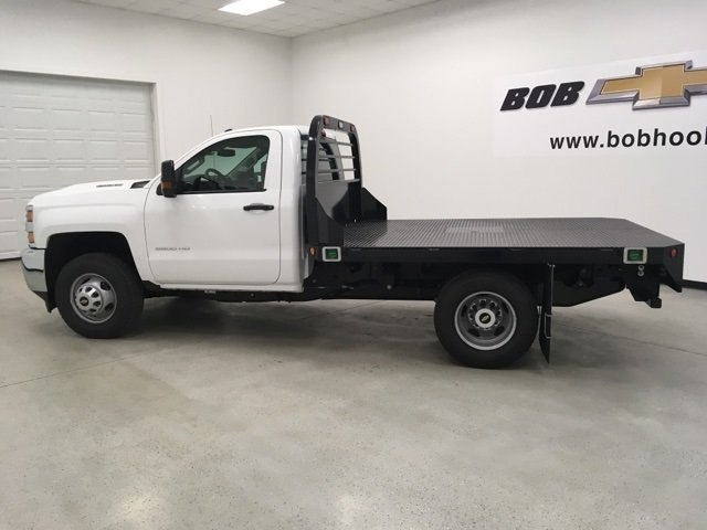 2019 Silverado 3500 Regular Cab DRW 4x4,  Reading Redi-Dek Platform Body #190275 - photo 7