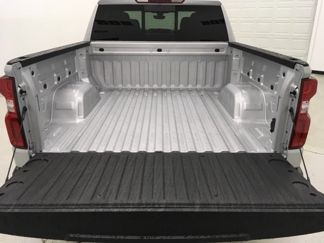 2019 Silverado 1500 Crew Cab 4x4,  Pickup #190305 - photo 18