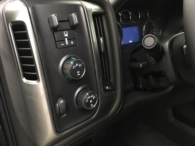 2019 Silverado 3500 Crew Cab 4x4,  Pickup #190337 - photo 18