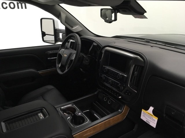 2019 Silverado 2500 Crew Cab 4x4,  Pickup #190357 - photo 10