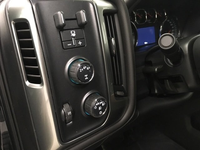 2019 Silverado 2500 Crew Cab 4x4,  Pickup #190357 - photo 19