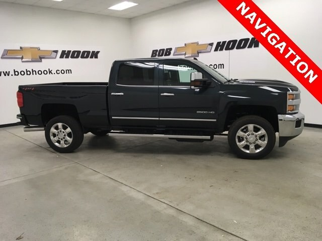 2019 Silverado 2500 Crew Cab 4x4,  Pickup #190357 - photo 3