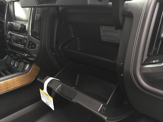 2019 Silverado 2500 Crew Cab 4x4,  Pickup #190358 - photo 11