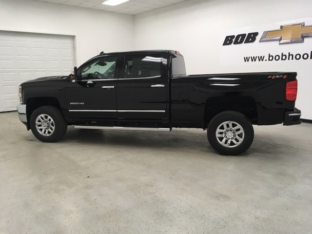 2019 Silverado 2500 Crew Cab 4x4,  Pickup #190358 - photo 6