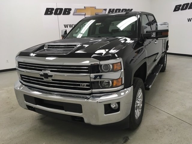 2019 Silverado 2500 Crew Cab 4x4,  Pickup #190358 - photo 7