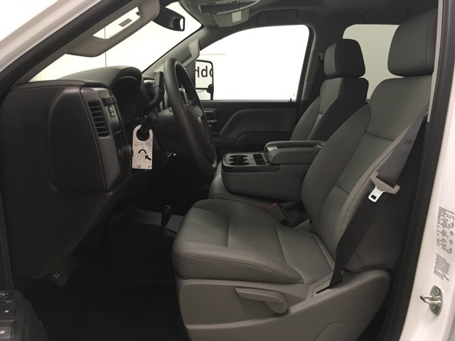2019 Chevrolet Silverado 2500 Double Cab 4x4, Reading SL Service Body #191127 - photo 21