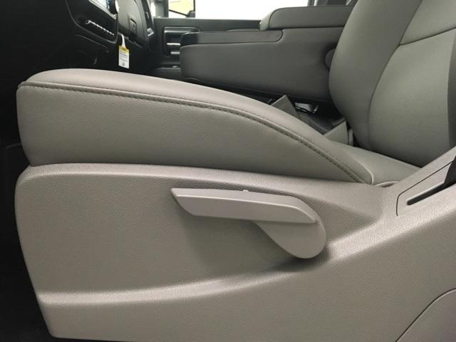2019 Chevrolet Silverado 2500 Double Cab 4x4, Reading SL Service Body #191142 - photo 11