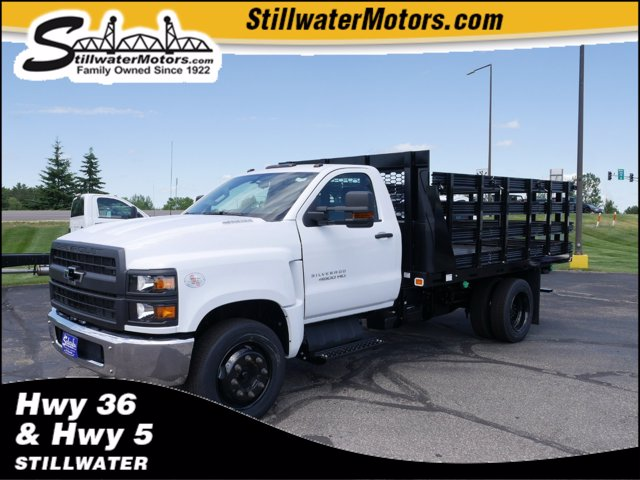 2019 Chevrolet Silverado Medium Duty Regular Cab DRW RWD, Knapheide Stake Bed #C191130 - photo 1