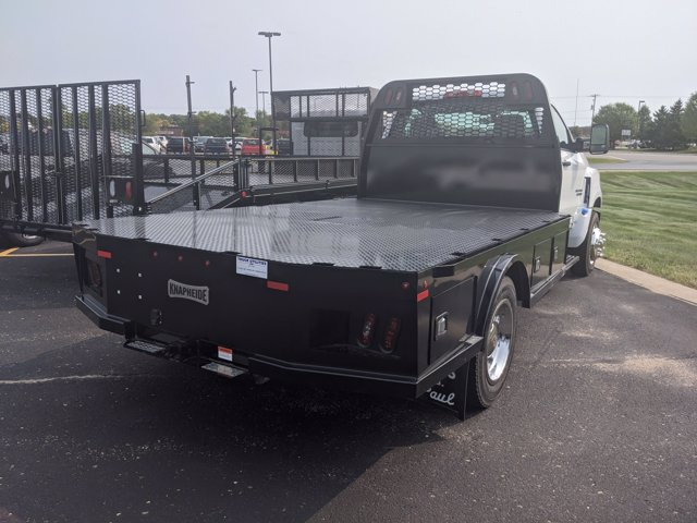 2020 Chevrolet Silverado Medium Duty Regular Cab DRW 4x2, Knapheide Platform Body #C200349 - photo 1