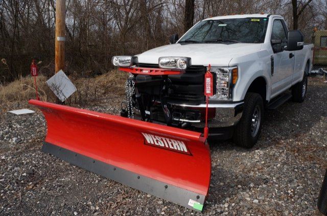 2017 F-250 Regular Cab 4x4 Pickup #H1140F - photo 3