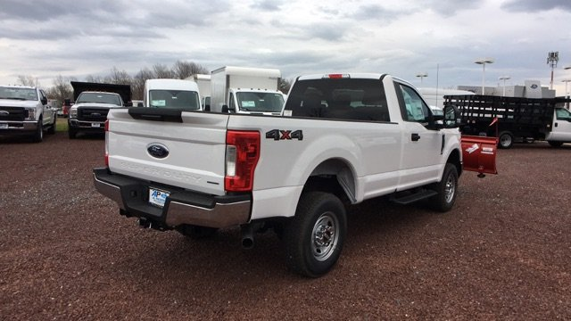 2017 F-250 Regular Cab 4x4, Pickup #H1141F - photo 2