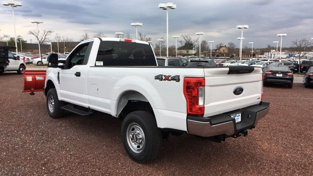 2017 F-250 Regular Cab 4x4, Pickup #H1141F - photo 4