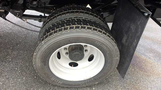 2017 F-450 Regular Cab DRW 4x4, Rugby Dump Body #H1445 - photo 10