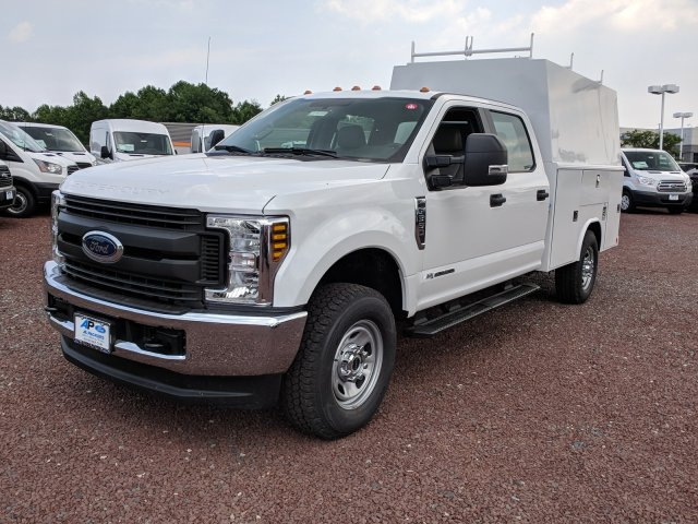 2018 F-350 Crew Cab 4x4,  Reading Panel and Tapered Panel Body Service Utility Van #J1451F - photo 4