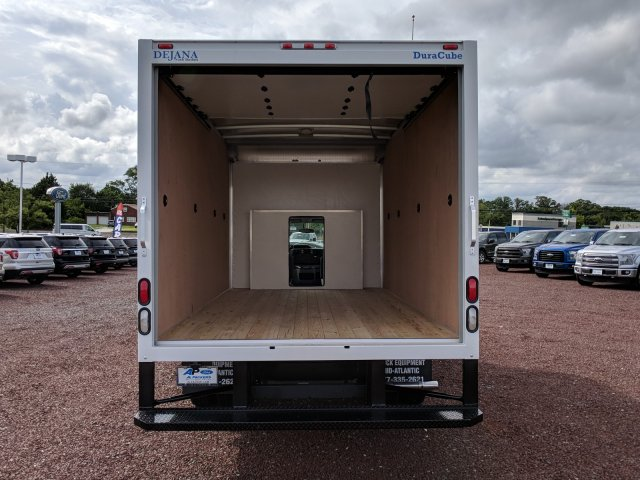 2018 E-350 4x2,  Dejana Truck & Utility Equipment DuraCube Cutaway Van #J1544F - photo 7