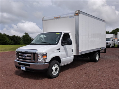 2018 E-350 4x2,  Dejana Truck & Utility Equipment DuraCube Cutaway Van #J1563F - photo 4