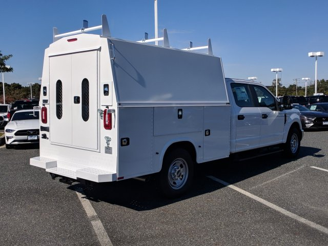 2018 F-350 Crew Cab 4x2,  Knapheide KUVcc Service Body #J1805F - photo 2