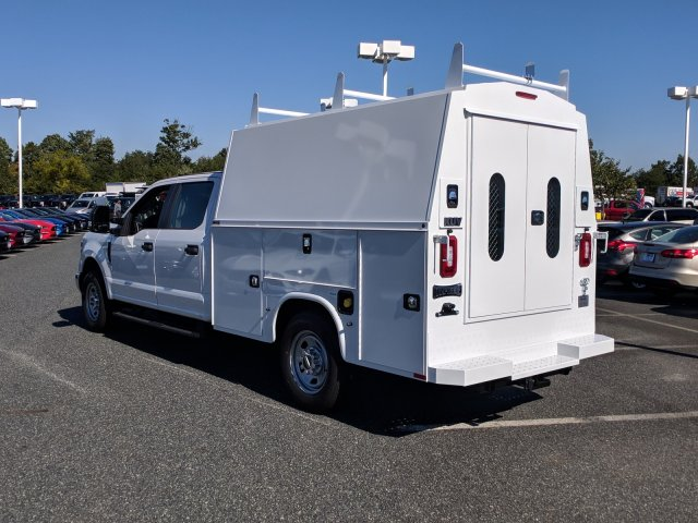 2018 F-350 Crew Cab 4x2,  Knapheide Service Body #J1805F - photo 3