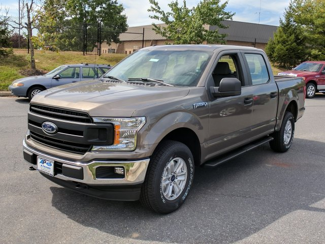 2018 F-150 Crew Cab 4x4 Pickup #J561 - photo 4