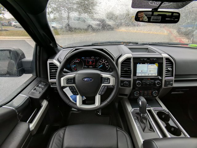 2018 F-150 Crew Cab 4x4, Pickup #J606 - photo 9