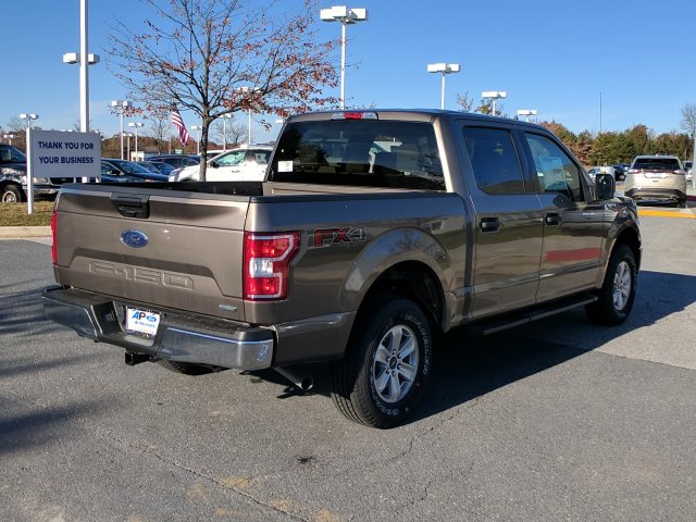 2018 F-150 Crew Cab 4x4 Pickup #J649 - photo 2