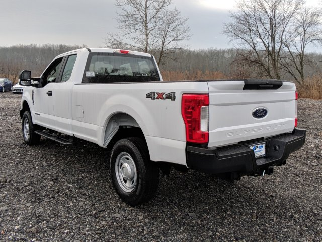 2018 F-250 Super Cab 4x4, Pickup #J837 - photo 3