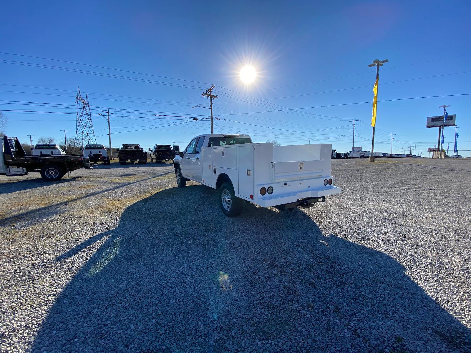 2021 Chevrolet Silverado 2500 Double Cab 4x4, Warner Service Body #FM0707T - photo 1