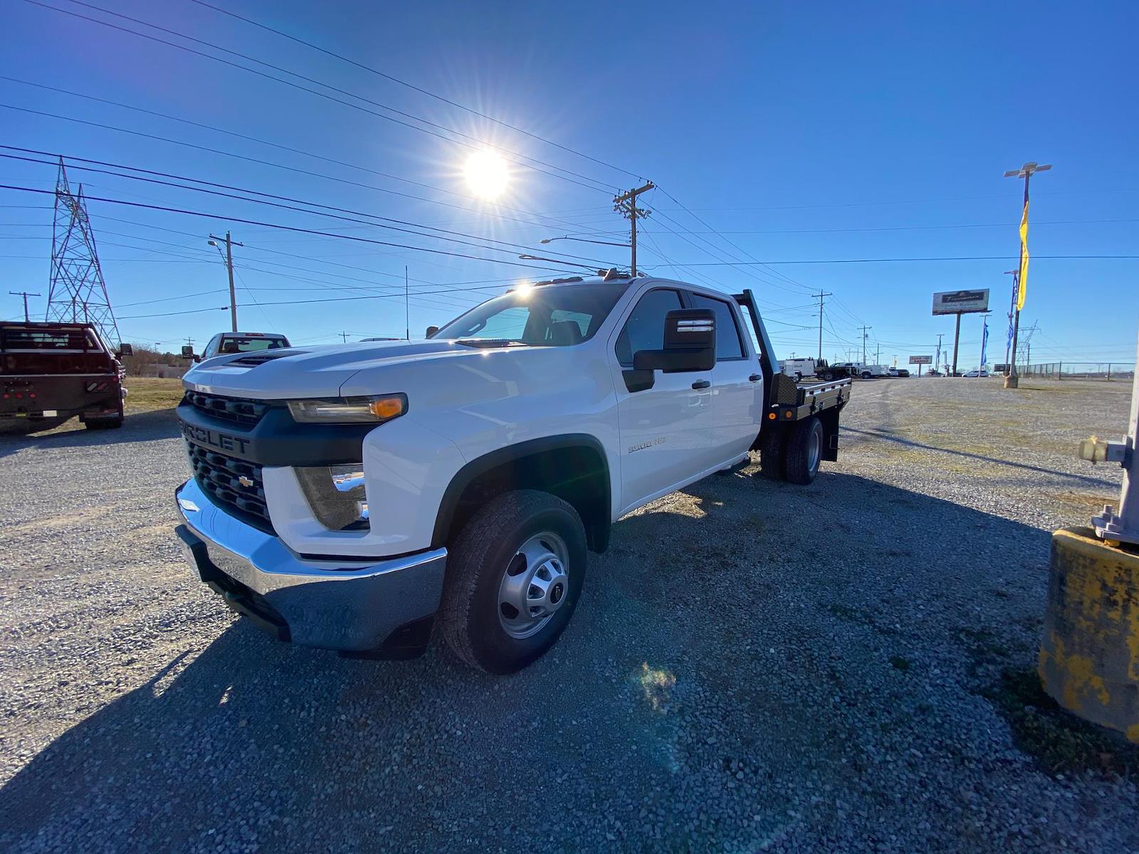 2021 Chevrolet Silverado 3500 Crew Cab AWD, Freedom Platform Body #FM0869T - photo 1