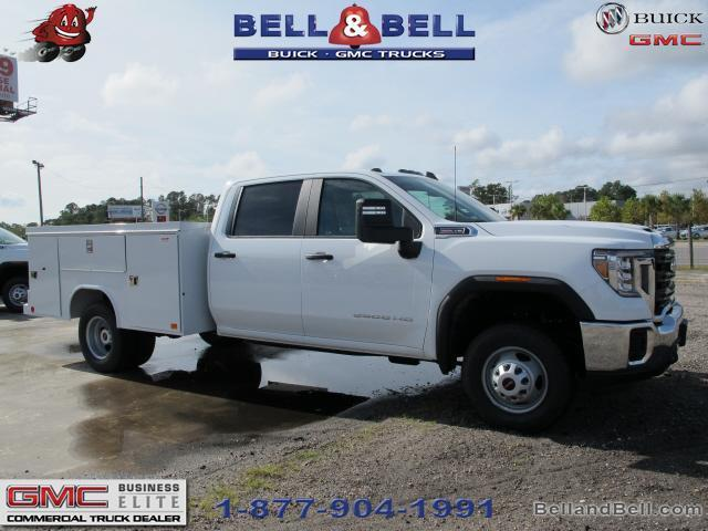2020 GMC Sierra 3500 Crew Cab 4x4, Service Body #G20873 - photo 2