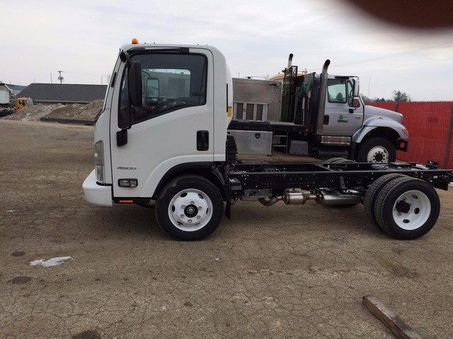 2016 Low Cab Forward Regular Cab, Cab Chassis #37296 - photo 2