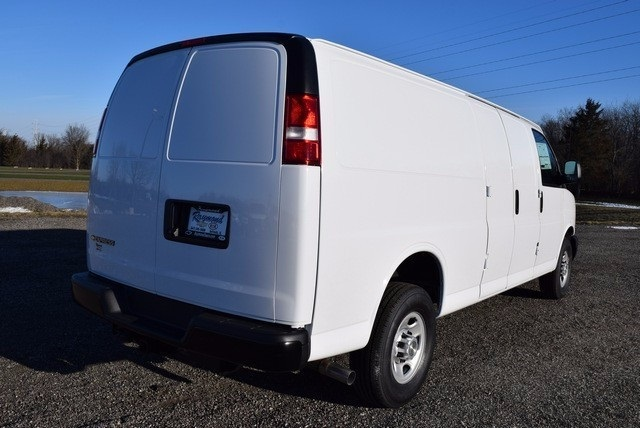 2017 Express 3500, Cargo Van #37369 - photo 5